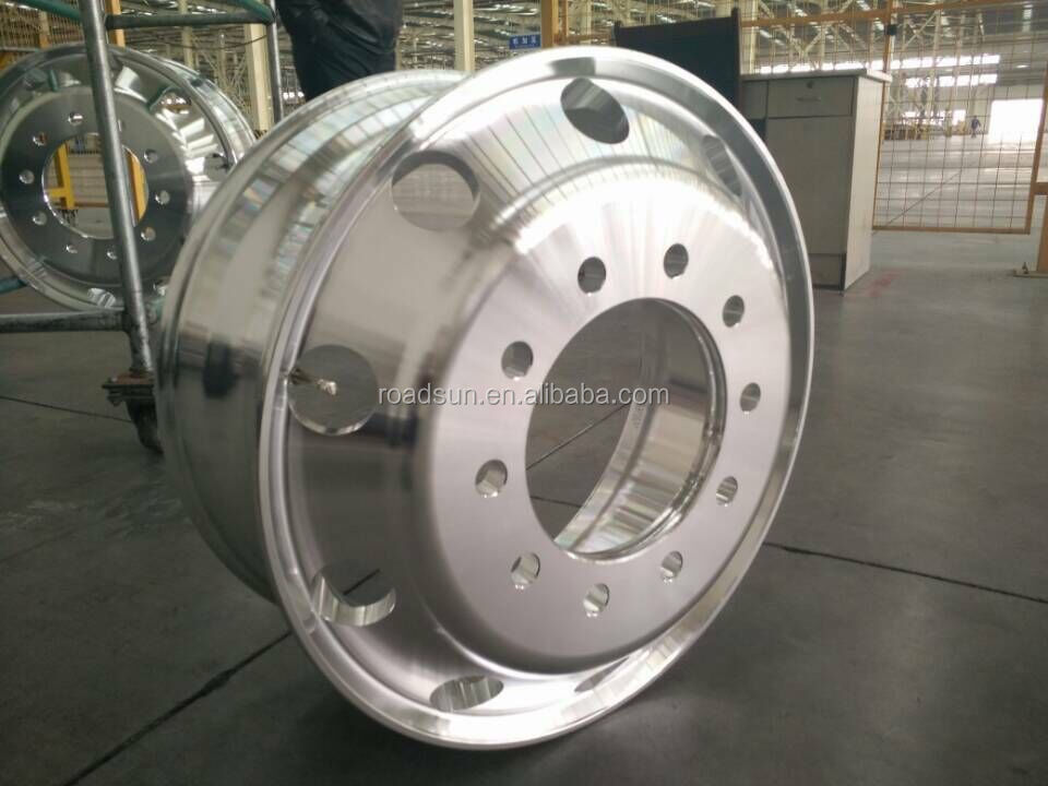19.5 aluminum truck wheels 19.5x6.75, also have steel truck wheel rims