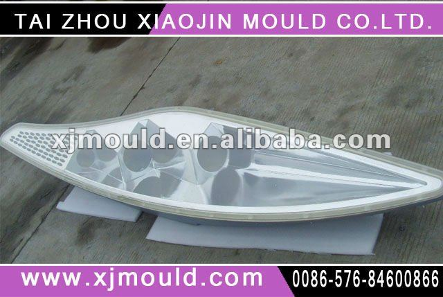truck/car/auto/bus/metro headlight/headlamp/light injection mould maker in china