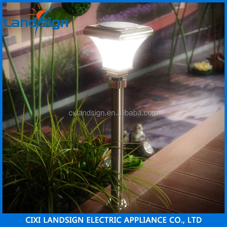 2016 hot sale OEM factory high lumen garden pathway driveway lawn light post lamp solar light