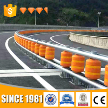 Reducing traffic accidents roller safety guardrail / rolling barrier / roadway safety roller barrier