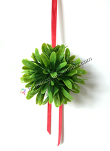10cm Artificial Mistletoe Topiary Kissing ball With Ribbon