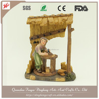 China Handmade Craft Wholesale Figures Decoration Christian Art Gifts