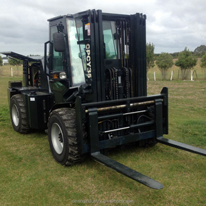 New 3 ton 3.5 ton 5ton Rough Terrain Cabin Container Entry 4WD Forklift for Sale
