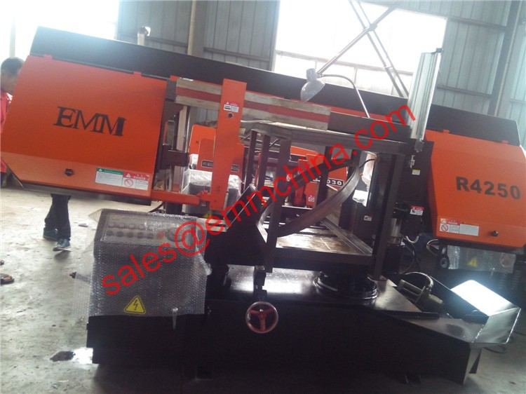 R4250 Rotating metal saw cutting machine