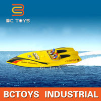 Wireless remote control rc ship ft009 rc boat for sale with strong penetrability.