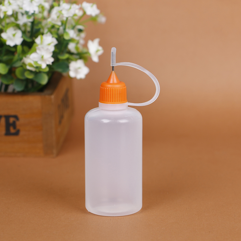 Wholesale semi-transparent white black pe 30 ml plastic bottle With needle tip cap
