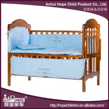 High Quality Ergonomic Design Wooden Baby Carriage Crib with Mosquito Net and Cradle