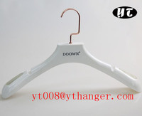 white suit great quality silicone hanger grips socks holder plastic mufflers hangers