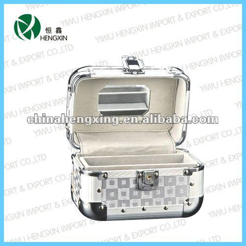 Cosmetic case, fashionable make up case