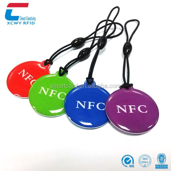 ISO14443A 13.56mhz Tags NFC Chip Rewritable NTAG 215 NFC Tag Price