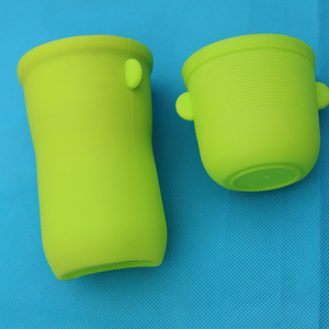 4`` Bottle sleeve cute baby water bottle ,Soft smile face Silicone Handle/ Grips for sport bottle/mug