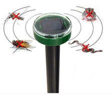 Electronic Solar Sound Wave Outdoor Ultrasonic Mouse Mole Snake Pest Repeller