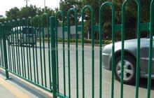 pvc coated wire mesh fence/ cheap temporary fence panel/ solid metal fence panel