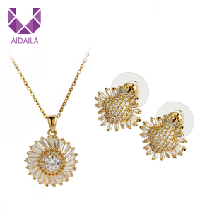 AIDAILA Gold Jewelry Women 18K Gold Plated Sunflower Necklace Set For Gift