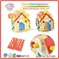 Hot Sale Mini Colorful Wooden Screw House Baby Tool Toy
