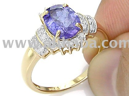 2.35 Cts Tanzanite with Diamond Accent ring
