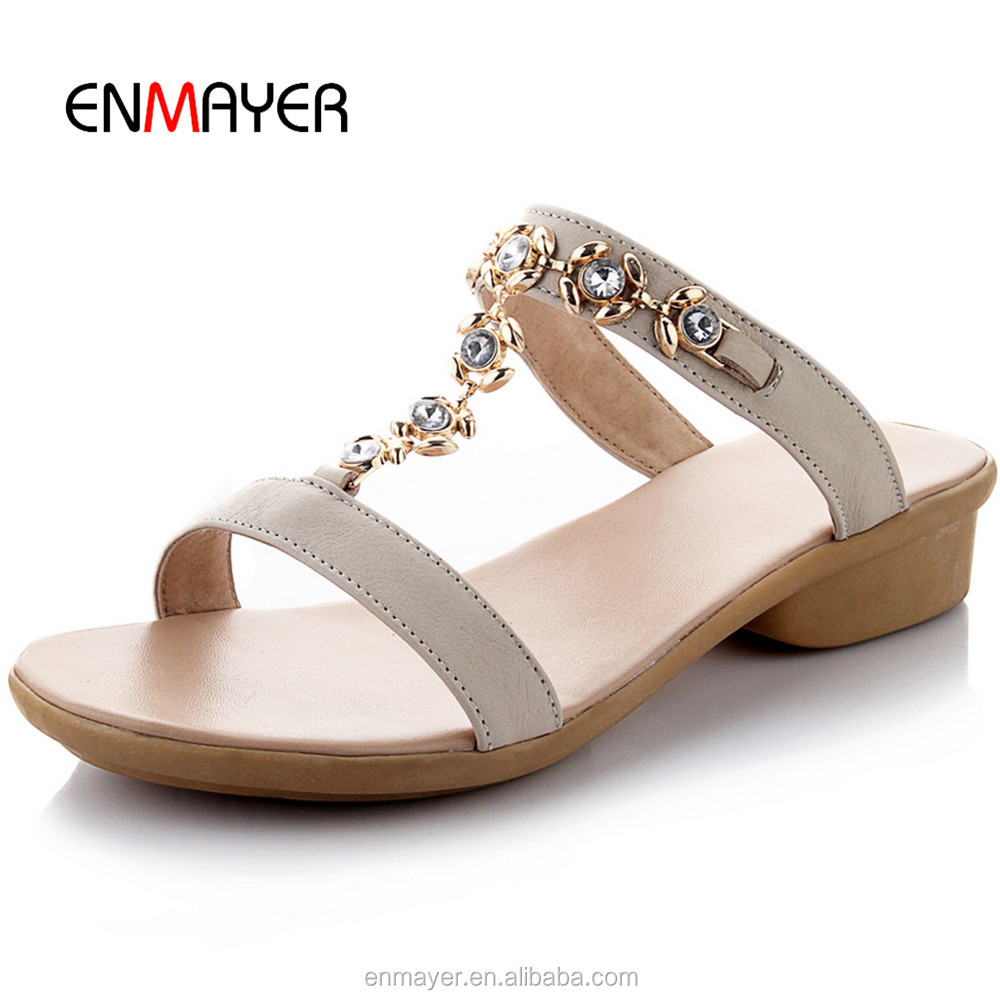 Best selling PU upper <strong>slippers</strong> comfortable diamond tee ladies high heel sandals <strong>slippers</strong> summer beach girls <strong>slippers</strong> wholesale