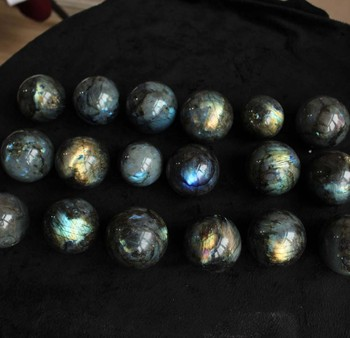 50mm-60mm natural labradorite quartz crystal ball,shinning labradorite stone sphere balls