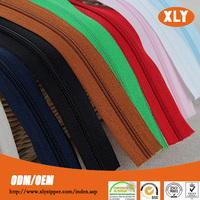 Zipper manufacturer directly supply #5 cheap nylon zipper rolls/long chain