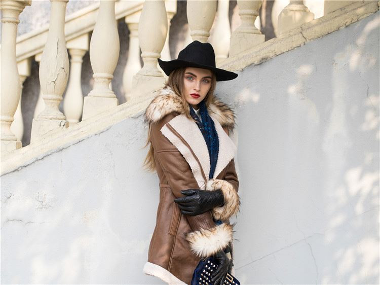 New product attractive style women fancy classic coat fast delivery