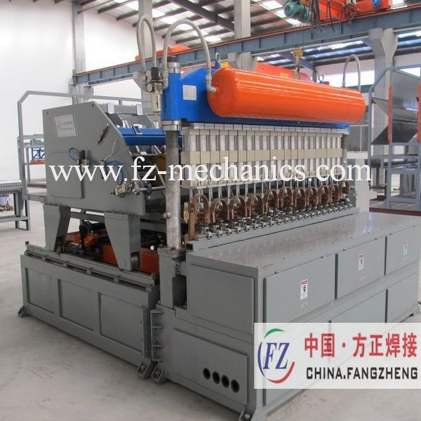 Garden fence panel roll forming machine