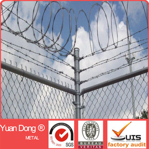 galvanized 6ft chain link fence top barbed wire for sale