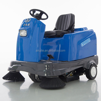 small sweeper truck with good performance