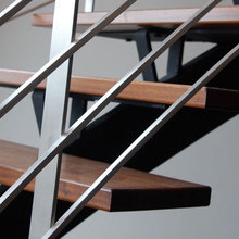 Safe single stringer support straight stairs used stainless steel rod railing