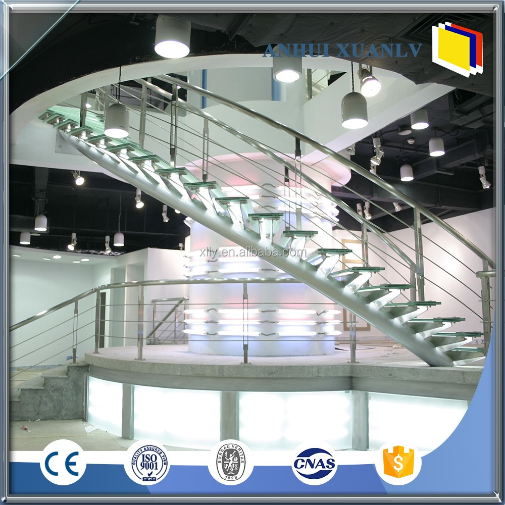 Colored aluminium handrail for stairs