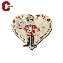 Hot Sell Printing Metal Sheriff Custom Enamel Epoxy Football Club Lapel Heart Shaped Pin Badges