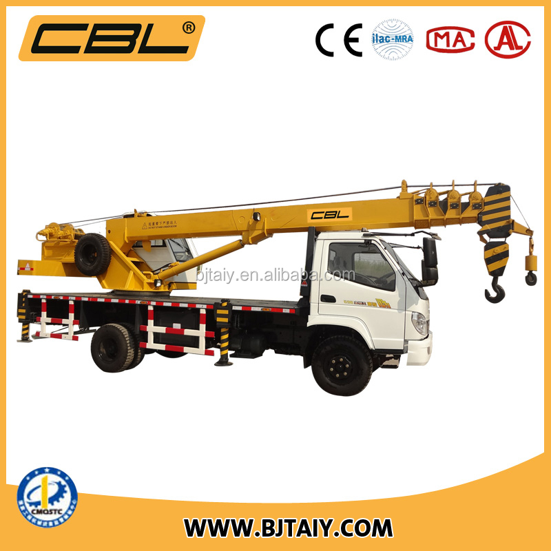 T-king chassis 10 ton truck crane with 5 section telescopic boom