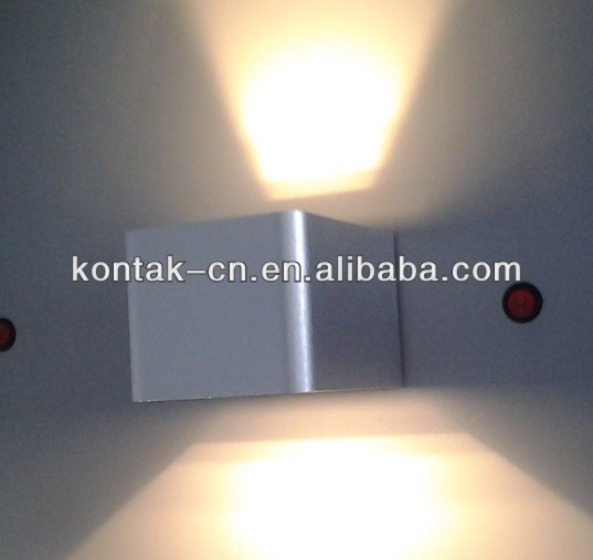 Top quality square led wall light lamp/modern outdoor led up and down wall lighting