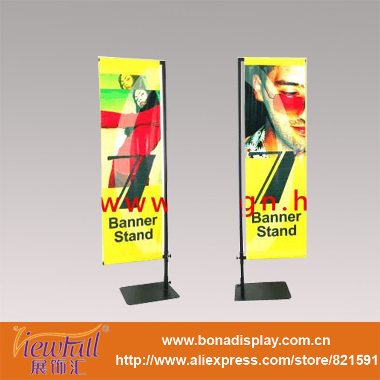 Extremely high floor display stand for mobile poster display