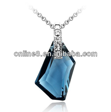 New style fashion crystal necklace,crystal pendant custom hip hop jewelry