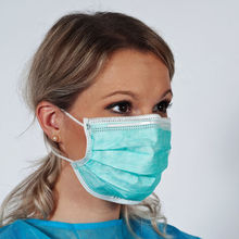 Xiantao Factory Wholesale Disposable Medical 3 Ply Non Woven Mask/surgical Disposable Face Mask