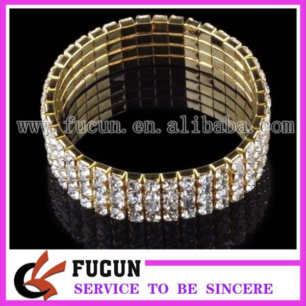4 rows elastic rhinestone bracelet.jpg