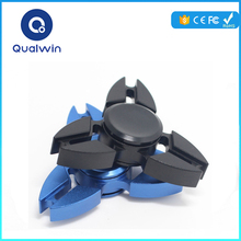 High quality metal hand spinner manufacturer for travel people triangle fidget spinner