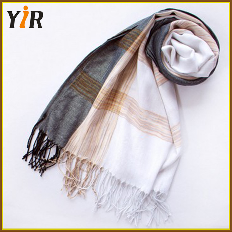 Pretty Women's 100% Polyester Scarf