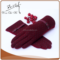 New Style Fashionable Red Wool Gloves Fleece Lined