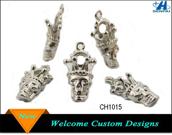 Yiwu Factory Wholesale Zinc Silver Tone Skull King Crown Head Charms Pendants Decorations