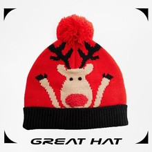 100% Acrylic China good feeling pom pom red baby knitted hat