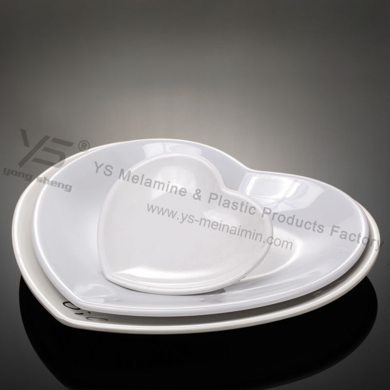 Melamine dinner plates heart shaped plates