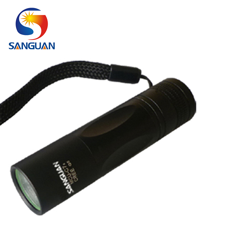 light and compact tactical portable mini wide range led flashlight