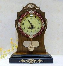 Hot-selling Desk Clock Vintage Wood Table Clock pendulum clock