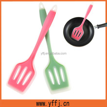 non-stick eco-friendly silicone pancake turner