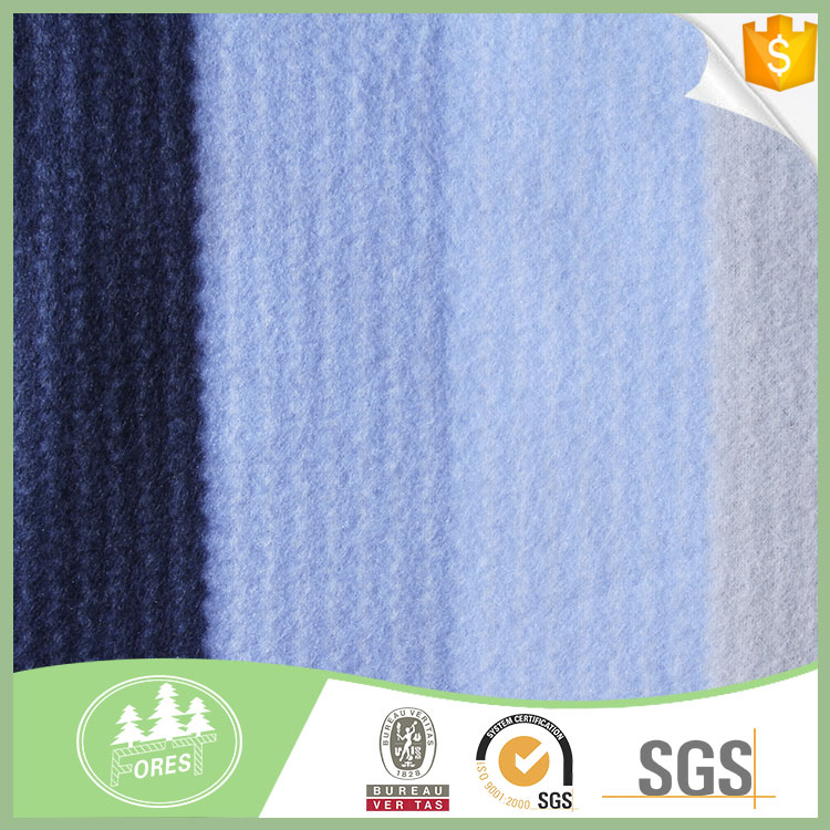 Alibaba China wholesale flannel fabric licensed fleece blankets