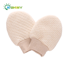 High Quality Mixed Design Infant Toddlers Clothing Baby Clothes Cotton Baby Gloves scratch prevention product