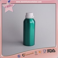 Wholesale aluminum silver essential oil bottle can be match and cap and spray
