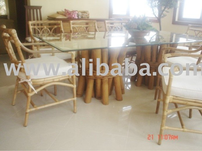 Fuego Bamboo Table Base And Chairs