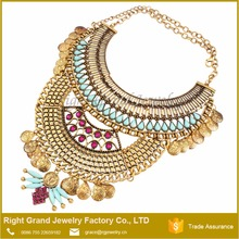 2016 Vintage Zinc Alloy Antique Silver Handmade Acrylic Rhinestone Statement Necklace